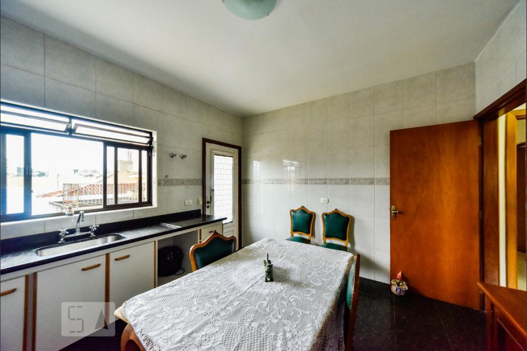 Casa para venda, locação ou temporada na Rua Paramount, Anchieta, São Bernardo do Campo, SP
