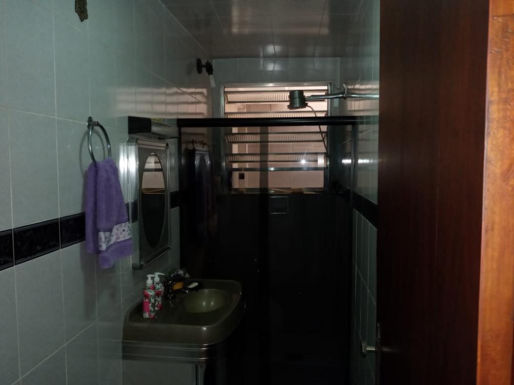 Casa a venda na Rua Sernambitiba, Vila Império, São Paulo, SP
