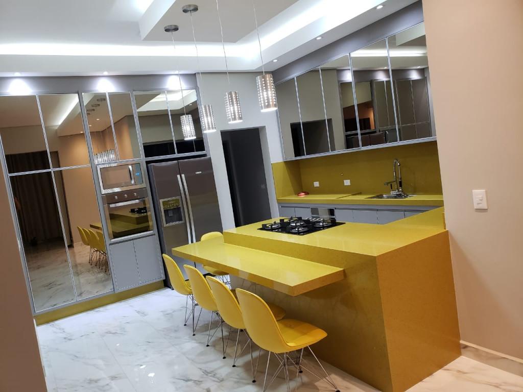 Casa a venda na Avenida Caldas Novas, Mirante das Estância, Águas de Lindóia, SP
