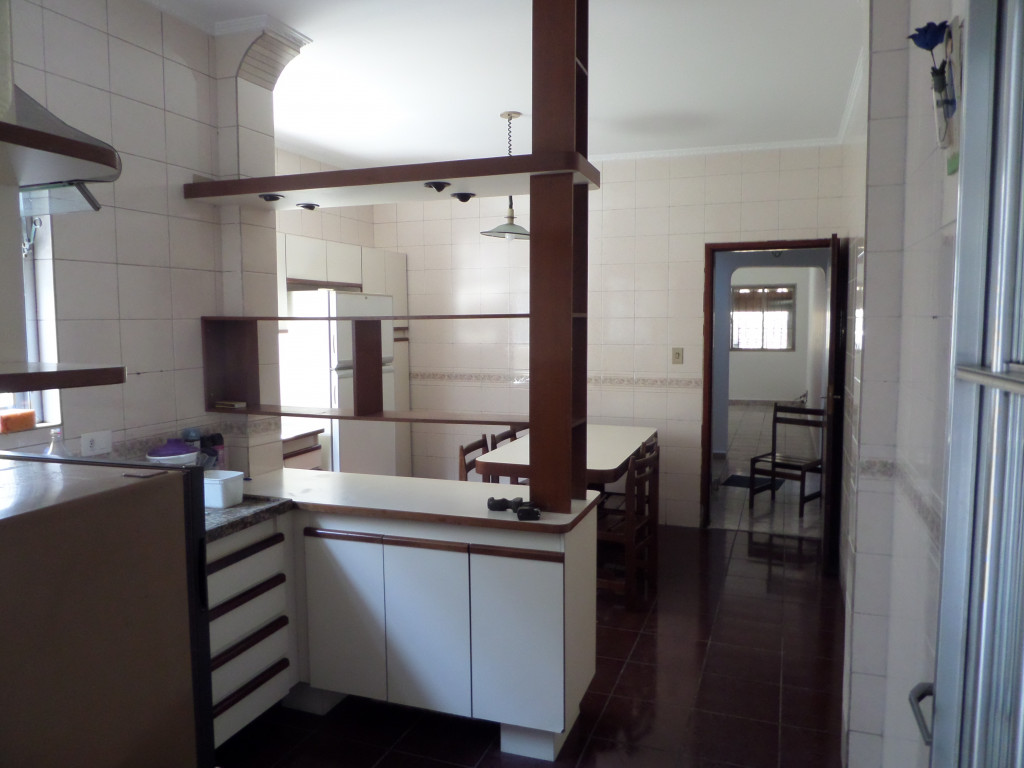 Casa a venda na Avenida Prestes Maia, Vila Guiomar, Santo André, SP