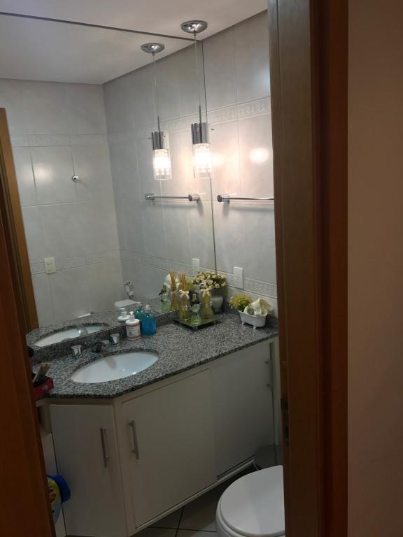 Apartamento a venda na Rua Coelho Neto, Vila Itapura, Campinas, SP