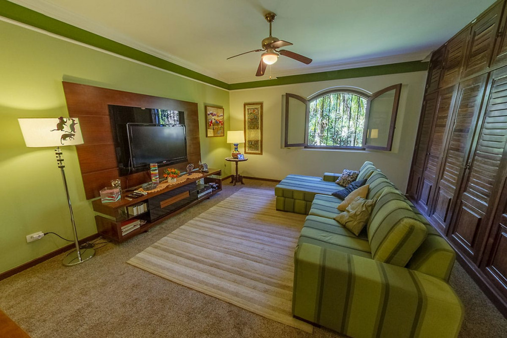 Casa em Condomínio a venda na Estrada Fazendinha, Pousada dos Bandeirantes, Carapicuíba, SP