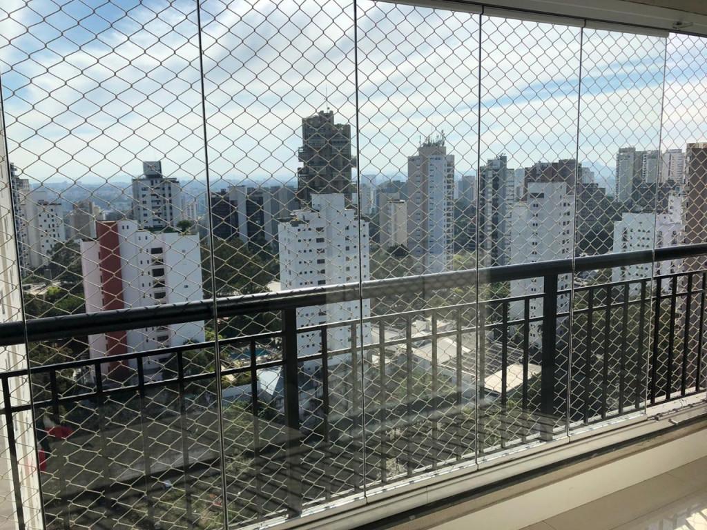 Apartamento para venda ou locação na Rua Doutor Laerte Setúbal, Vila Suzana, São Paulo, SP