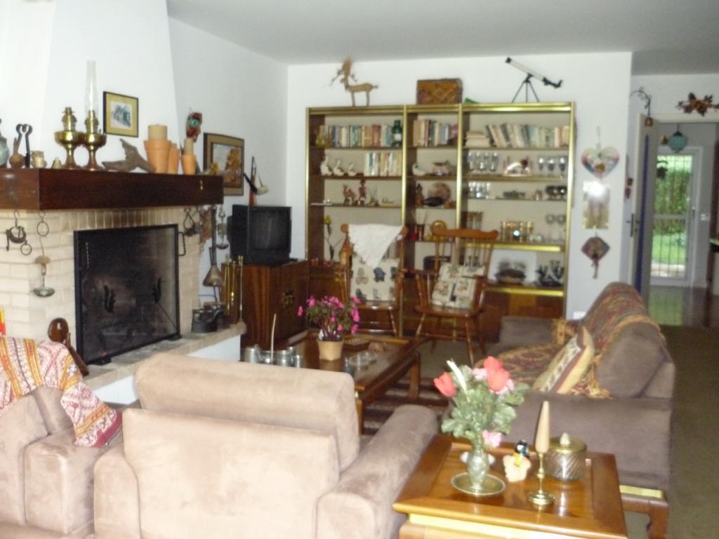 Casa em Condomínio a venda na Rua Isai Leiner, Jaguaribe, Campos do Jordão, SP