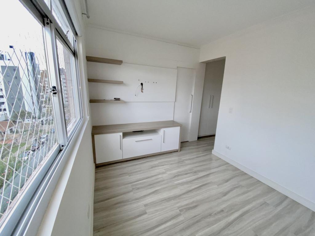 Apartamento a venda na Rua Sete de Abril, Juvevê, Curitiba, PR