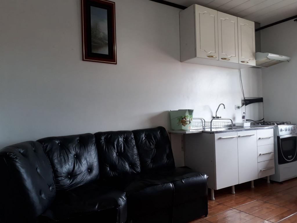 Apartamento para locação na Rua Leôncio Lopes Cortiano, Xaxim, Curitiba, PR