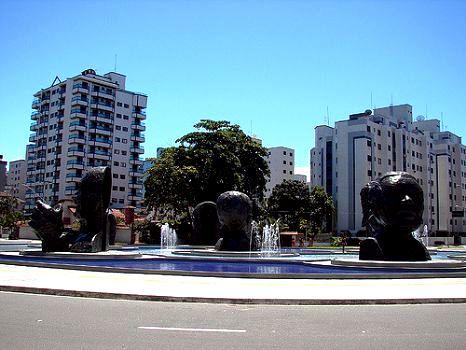 Apartamento a venda na Avenida São Paulo, Guilhermina, Praia Grande, SP