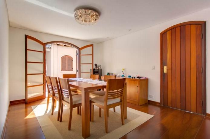 Casa a venda na Rua Doutor Erasmo Teixeira de Assunção, Jardim Leonor, São Paulo, SP
