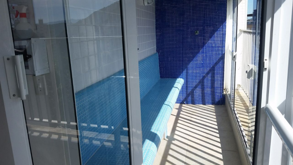 Apartamento para venda ou locação na Rua Marechal Floriano Peixoto, Pitangueiras, Guarujá, SP