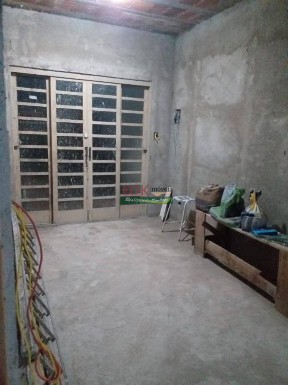 Casa a venda na Avenida Deputado Tarcílio Bernardo, Jardim Continental II, Taubaté, SP