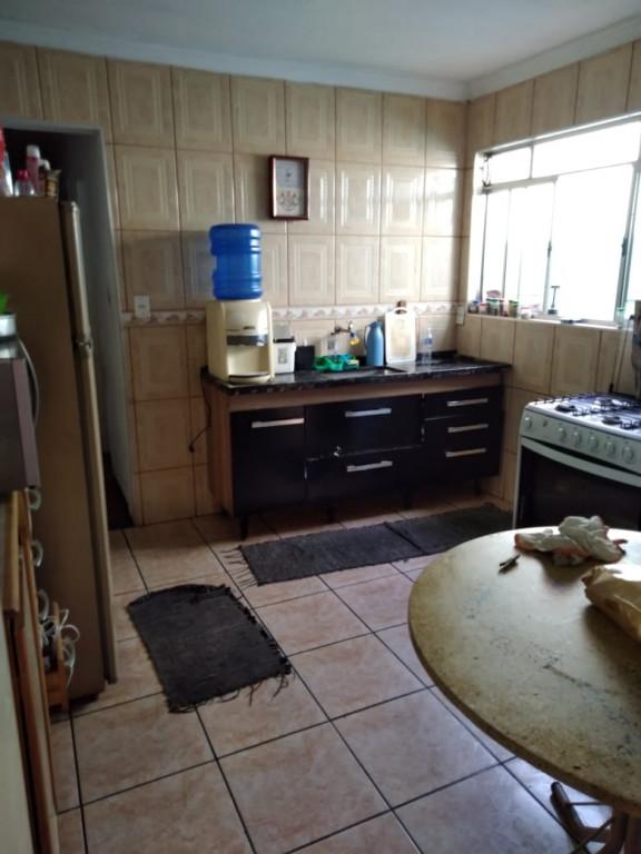 Casa a venda na Rua José A. Sampaio, Jardim Centenário, Jandira, SP