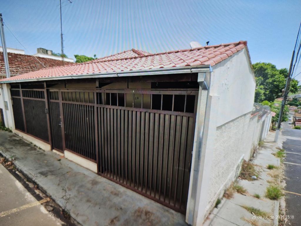 Casa para venda ou locação na Rua Perdizes, Centro, Araxá, MG