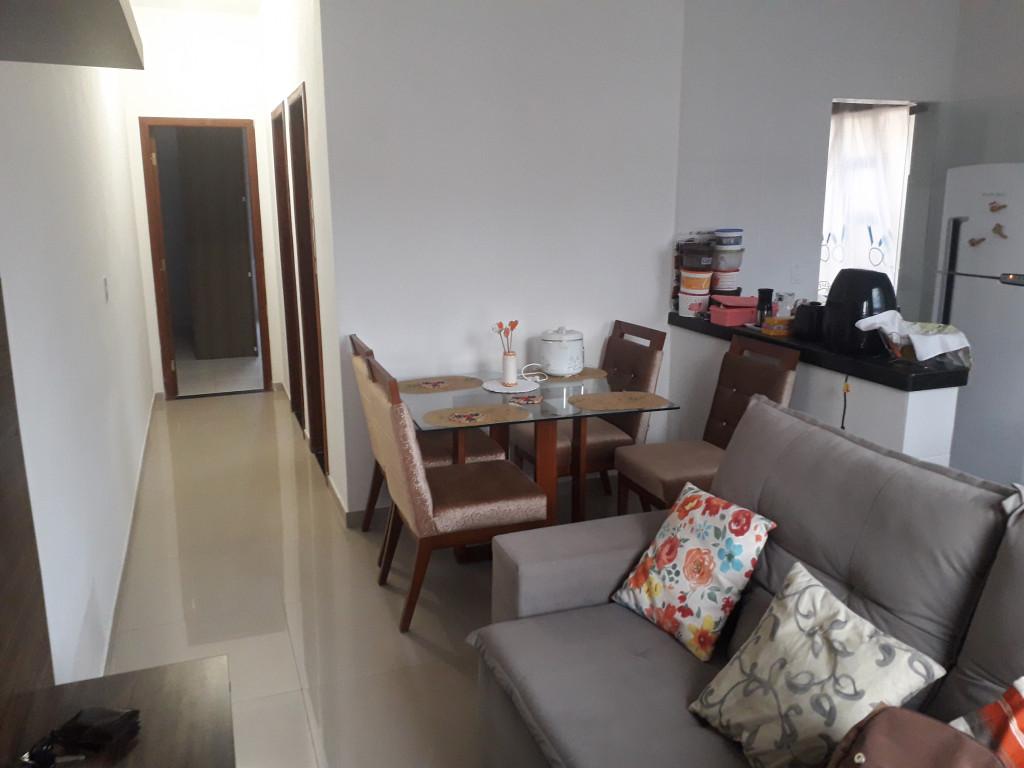 Casa a venda na Rua Mangabeiras, Floresta Encantada, Esmeraldas, MG