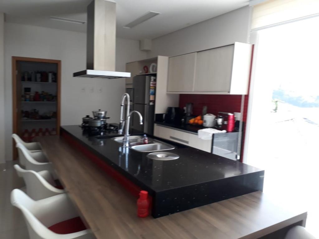 Casa em Condomínio a venda na Rua Tomi Saburo Yamamoto, Jardim das Cerejeiras, Arujá, SP