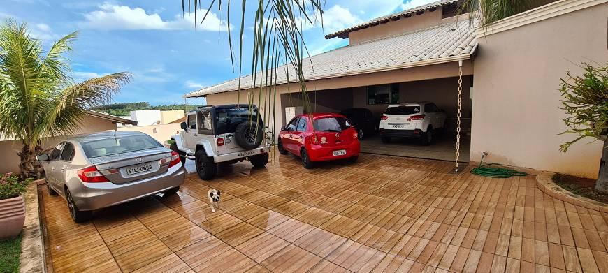 Casa em Condomínio a venda na Alameda das Margaridas, Residencial Primavera, Piratininga, SP
