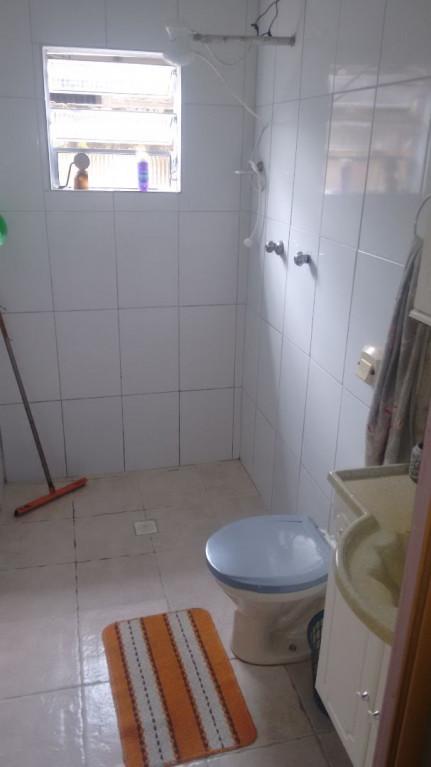 Casa a venda na Rua Monte Serrat, Melvi, Praia Grande, SP