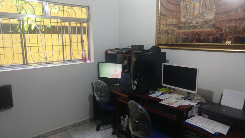 Casa a venda na Avenida Prefeito Prestes Maia, Esplanada dos Barreiros, São Vicente, SP
