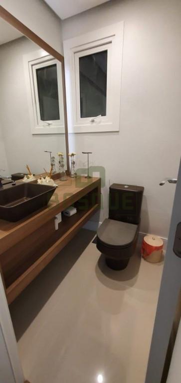 Apartamento a venda na R. Ricardo Sturmhofel, Centro, Gramado, RS