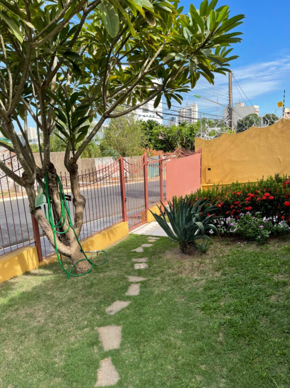 Casa a venda na Rua Mertinho Henrique de Souza, Baú, Cuiabá, MT