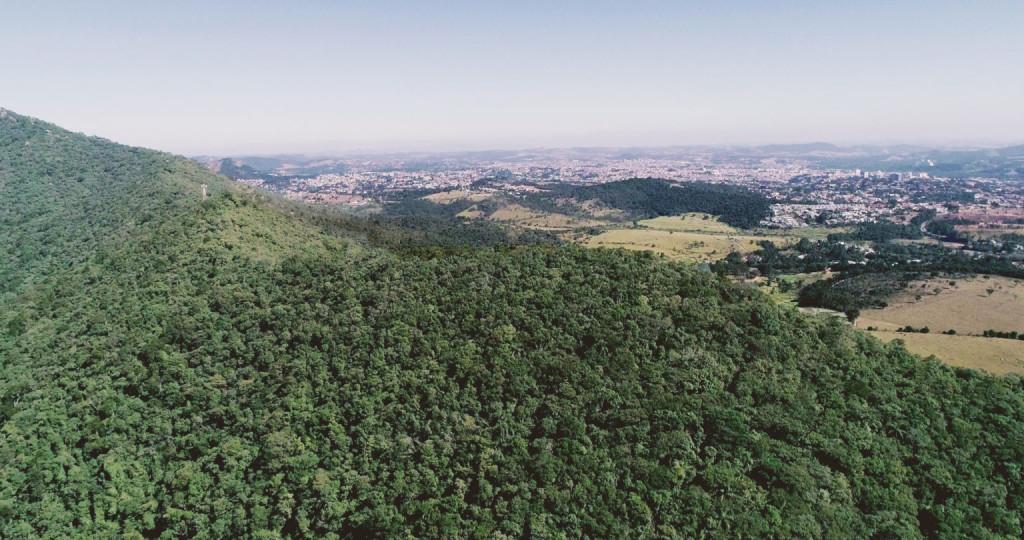 Terreno a venda na Estrada Municipal da Pedra Grande, Laranja Azeda, Atibaia, SP