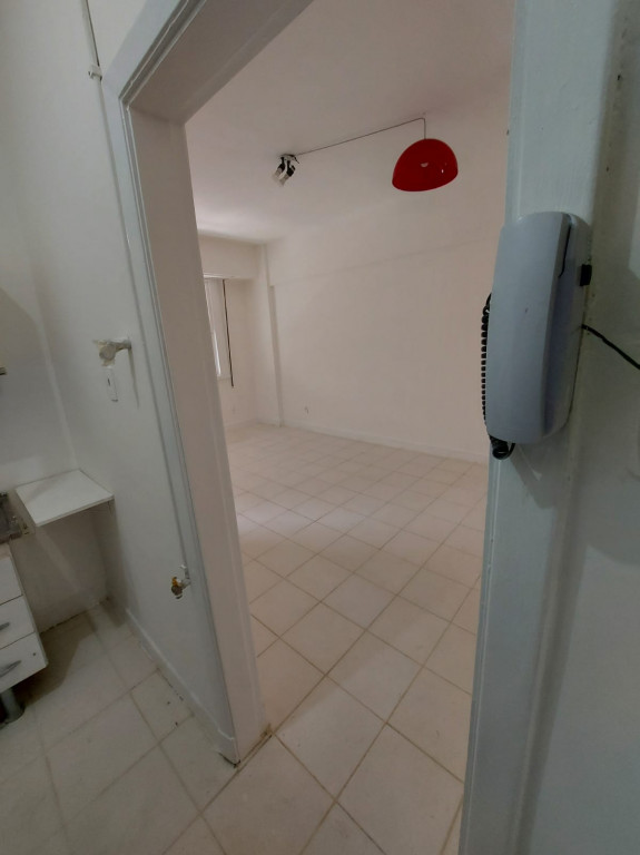 Apartamento para venda ou locação na Avenida Nove de Julho, Bela Vista, São Paulo, SP