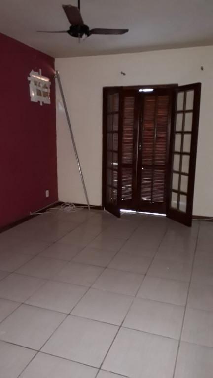 Casa em Condomínio para venda ou locação na Rua I, Parque Burle, Cabo Frio, RJ
