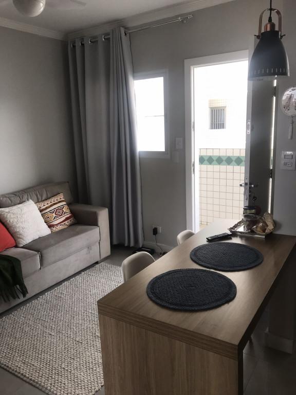 Apartamento a venda na Rua Nicarágua, Guilhermina, Praia Grande, SP